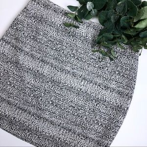 Express Fitted Black White Tweed Stretch Skirt